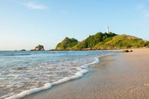 view-of-andaman-sea-in-Thailand-(koh-lanta-island).jpg