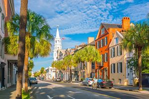 Historical-downtown-area-of-Charleston,-South-Carolina,-USA.jpg