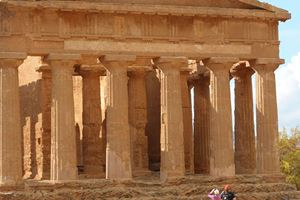 agrigento-valley-of-the-temples-134-clare-_-dave.jpg