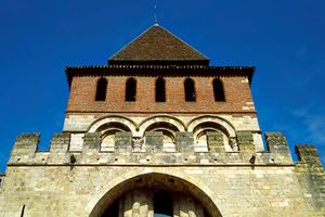 romanesque-church-in-moissac.jpg