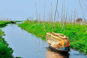 Floating-garden-in-Inle-Lake,-Myanmar.jpg
