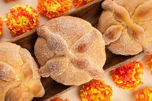 Sweet-bread-called-Bread-of-the-Dead-(Pan-de-Muerto)-enjoyed-during-Day-of-the-Dead-festivities-in-Mexico.jpg