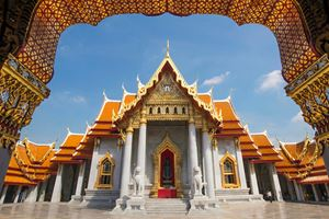 Beautiful-Thai-Temple-Wat-Benjamaborphit,-temple-in-Bangkok.jpg