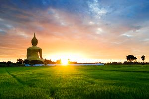 Buddha-Statue-in-Thailand-on-rural-landscape.jpg