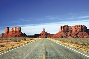 Monument-Valley-road-IST.jpg