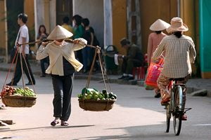 Life-of-vietnamese-vendor-in-Hoi-An.jpg