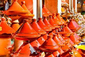Moroccan-ceramic-cookware--tajines-at-the-market.jpg